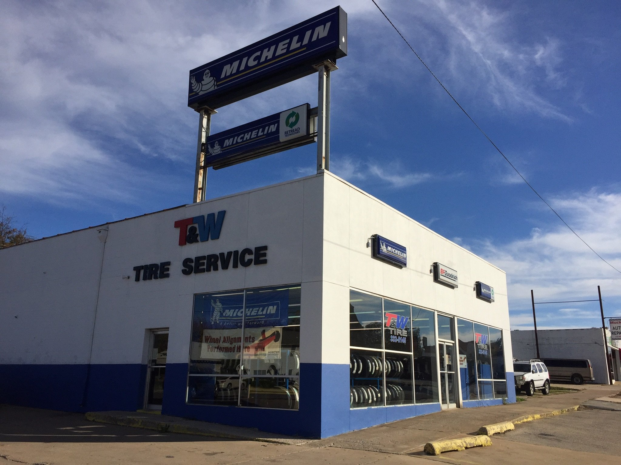 Contact T W Tire Commercial Tires Service Shop In Ada Ok