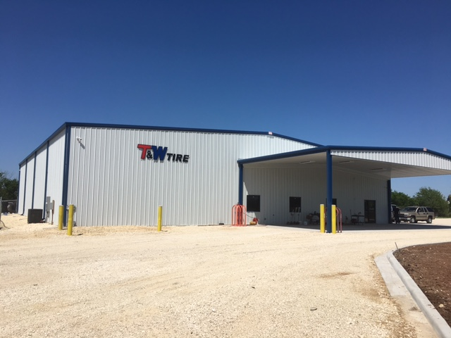 Contact T & W Tire | Commercial Tires & Service Shop in ...
